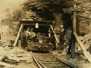 w-_va-_coal_mine_1908