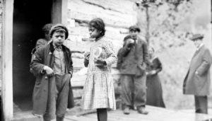 Monacan-Indian-Children-at-recess-SMALL